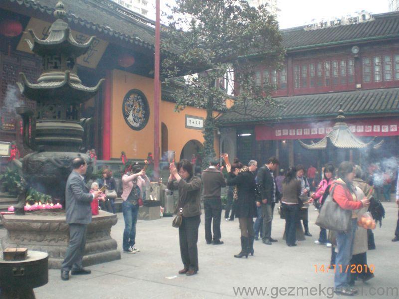 Şangay görülecek yerler Jade Buddha tapınağı