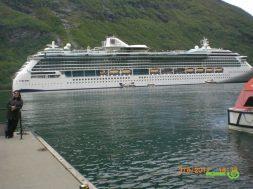Norveç Fiyordları gezisi gemimiz