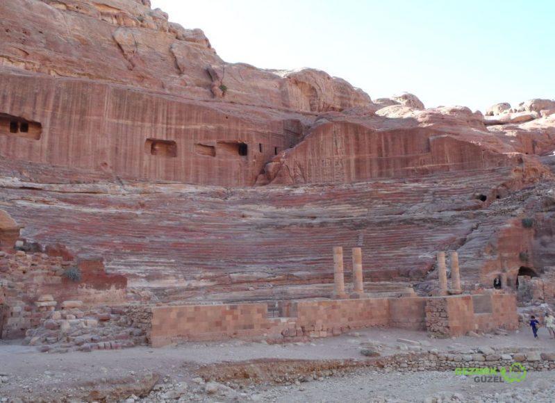 Petra Antik Kenti Amfi Tiyatro