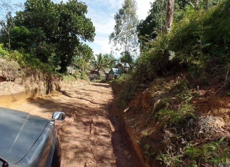 Manambato yolunda offroad, Pangalanes