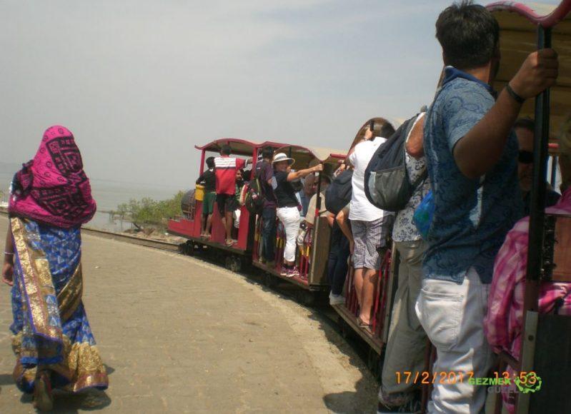 Liman Treni, Elephanta Island; Güney Hindistan – Maldivler – Sri Lanka Gemi Turu Gezi Notları