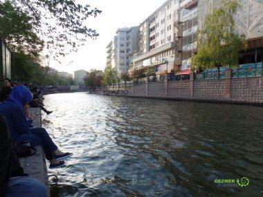 Porsuk Nehri Çevresi ve Adalar, Eskişehir Gezilecek Yerler