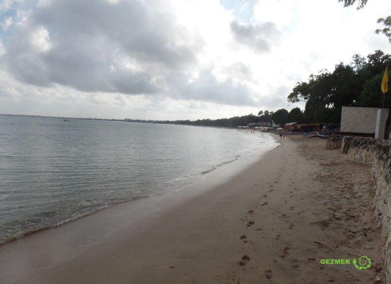 Bali'de Nerede Kalınır, Jimbaran plajı, Kuta