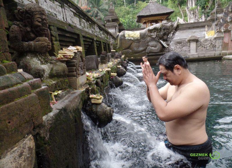 Pura Tirta Empul, Bali Adası Tapınakları