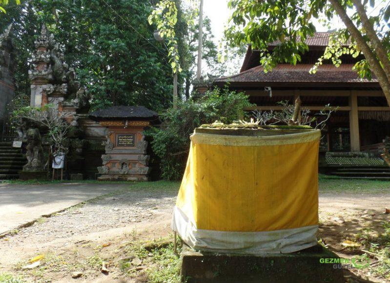 Sarı Kumaşlı Yapılar, Endonezya Gezisi Notları