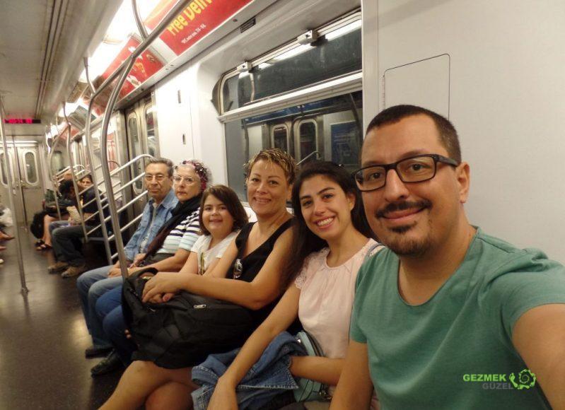 Ailece New York Metrosunda, New York gezi notları
