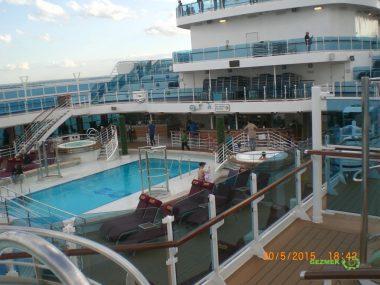 Regal Princess Gemisi Meydanı, Cruise Turları Üzerine