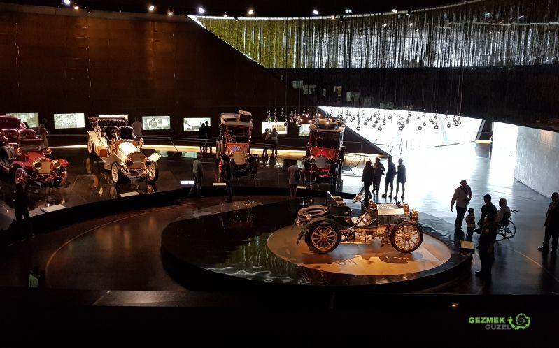Mercedes Müzesi, Otomobil Gelişimi