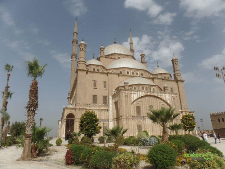Kahire Kalesi, Ali Paşa Camii, Kahire Gezilecek Yerler