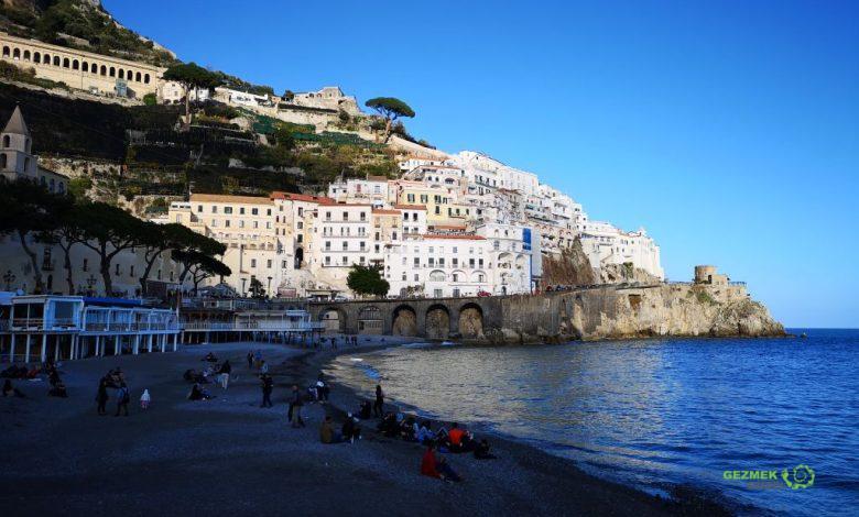 Amalfi, Napoli Gezi Rehberi