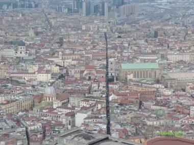 Spacca Napoli, Napoli Gezi Rehberi