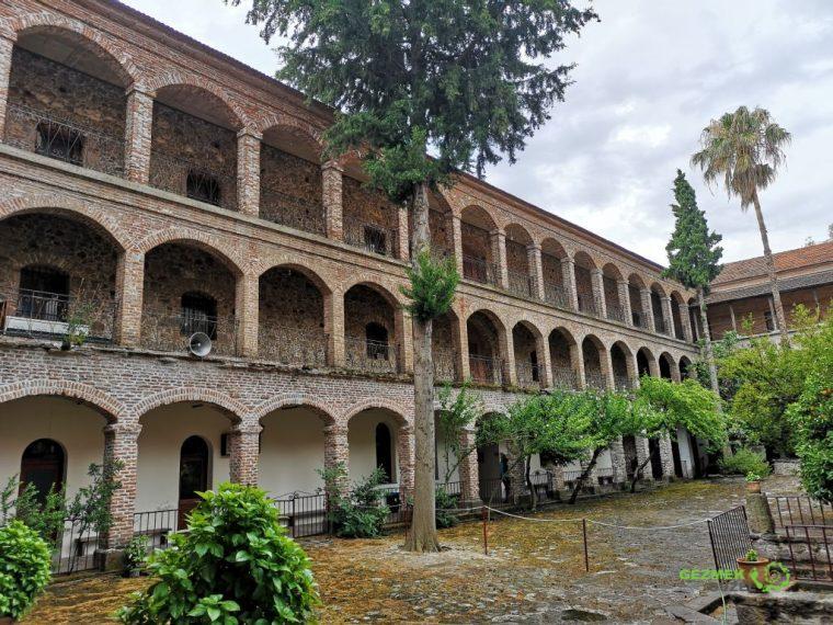 Limanos Manastırı, Midilli Gezilecek Yerler