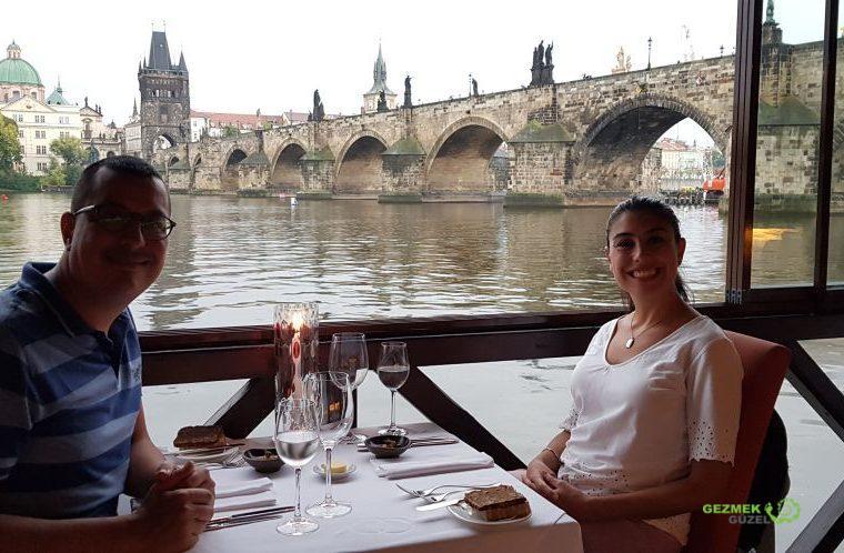 Prag Gezi Rehberi - Charles Bridge - Kampa Park