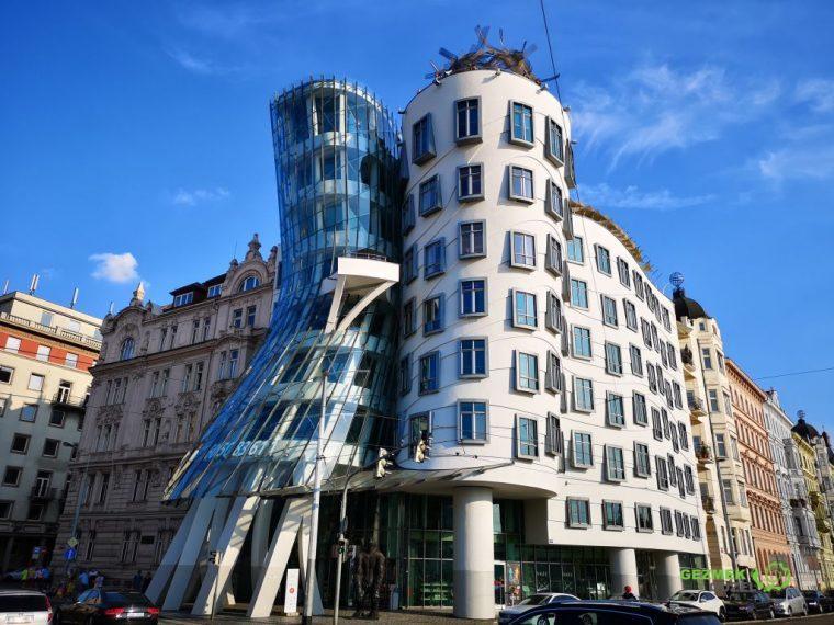 Prag Gezi Rehberi - Prag gezilecek yerler - Dans eden bina
