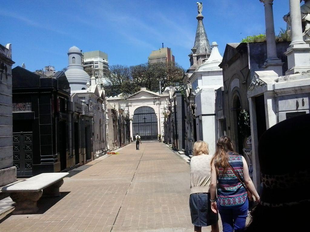 La Recoleta semtindeki zenginler mezarlığı