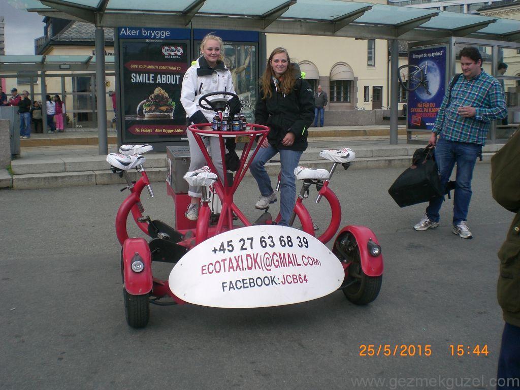 Aker Brygge'de bisiklet, Oslo Gezilecek Yerler, Baltık Başkentleri Gezisi