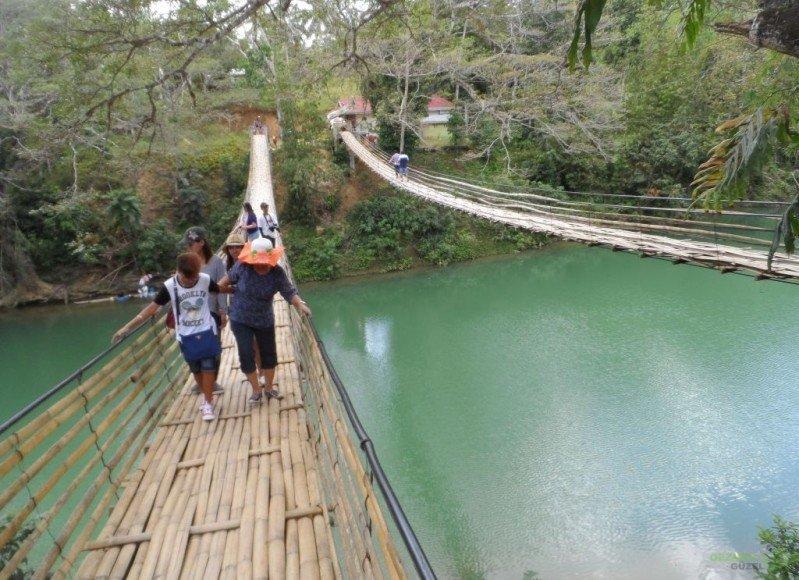 Bambu köprü; Bohol Adası Turu