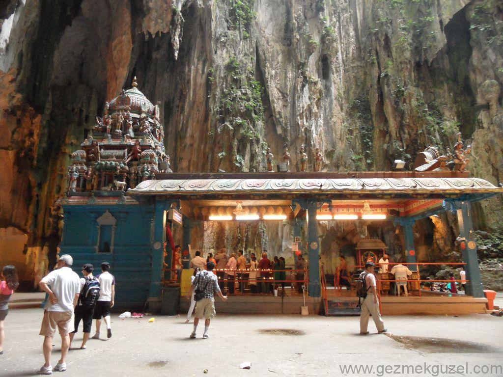 Batu Mağaralarında, Kuala Lumpur Görülecek Yerler