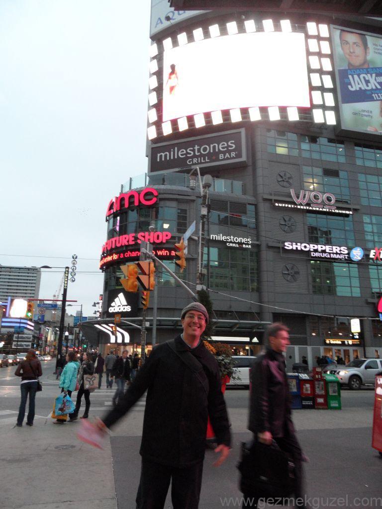 Dundes Meydanı, Günübirlik Toronto