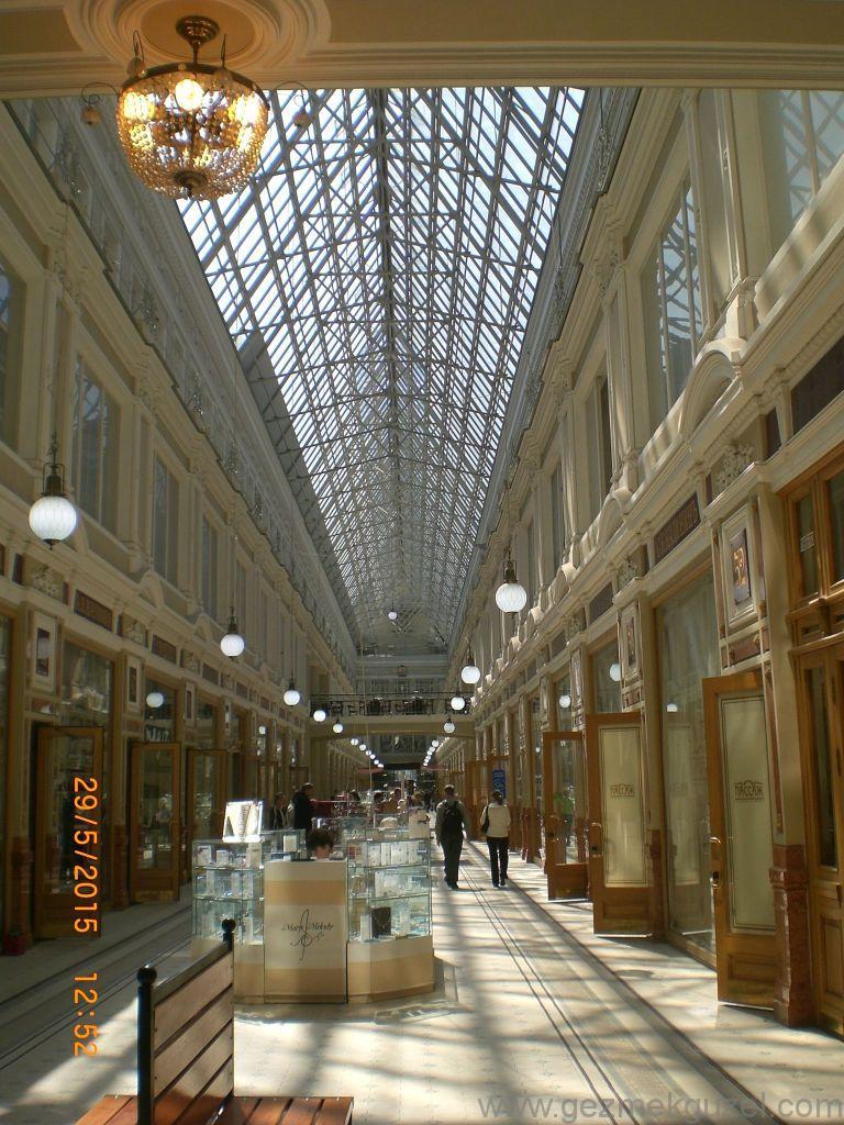 Eski Hal Binası, St Petersburg Turu, Baltık Başkentleri Gezisi