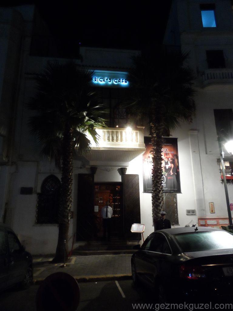 Fas Gezisi Notları, Kazablanka Gezilecek Yerler, Ricks Cafe