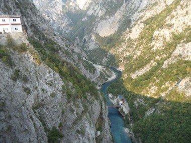 FrontEskiYugoslavyaYollarında1