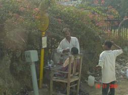 Hint sokak berberi