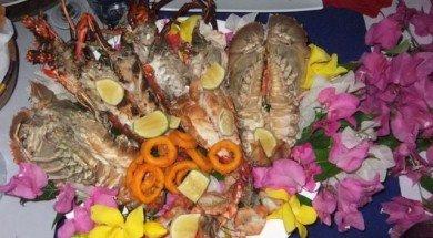 Zanzibar gece pazarı tezgahı