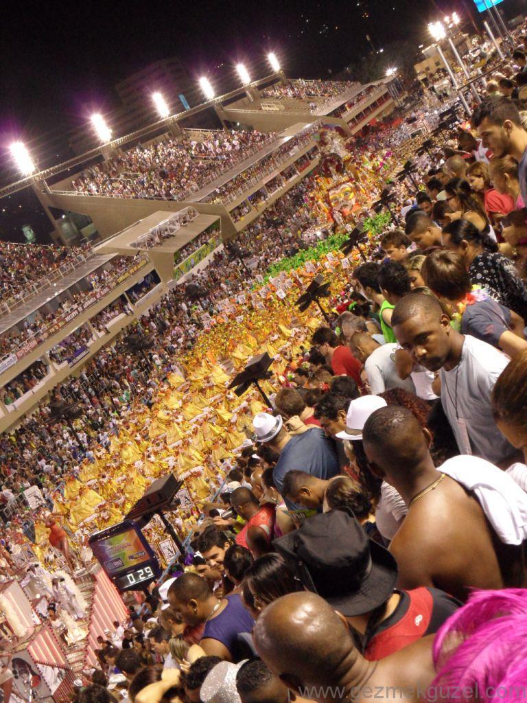 Geçit Töreninden, Rio Karnavalı, Brezilya Gezisi Notları