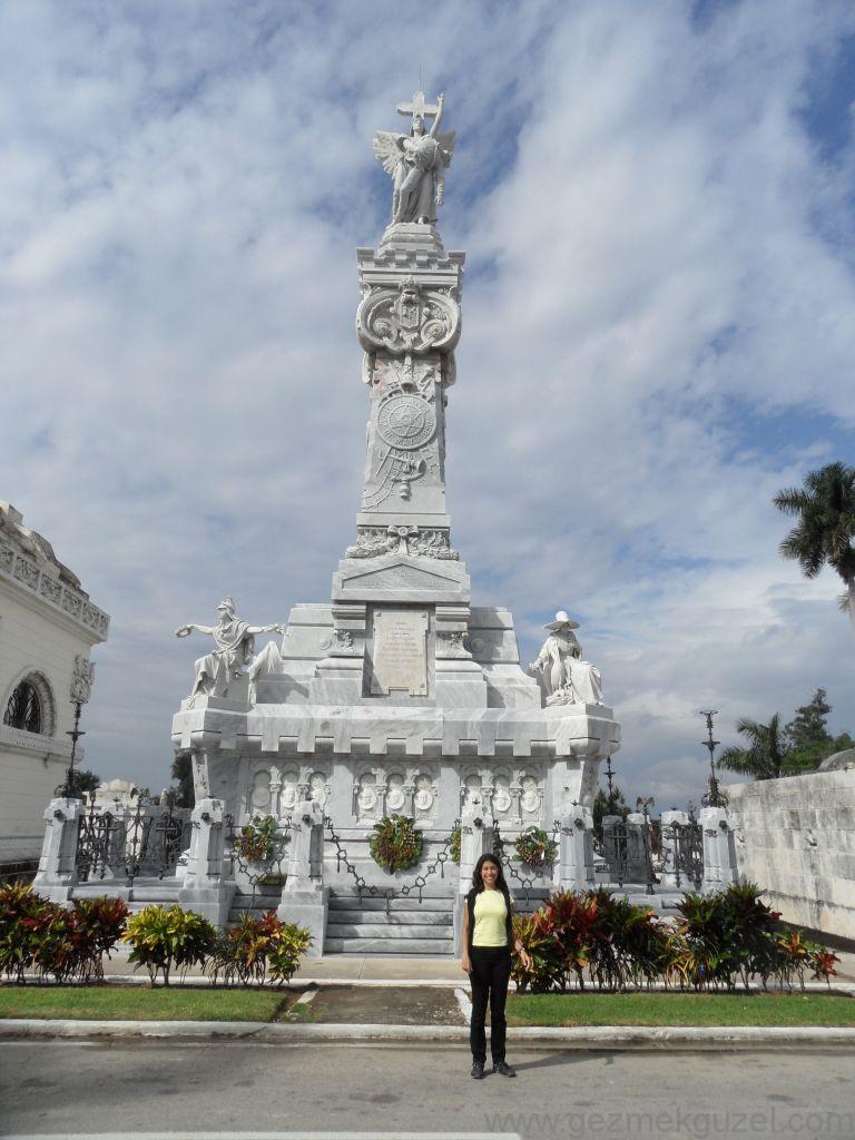 Küba Gezisi Notları, Havana Gezilecek Yerler, Havana Mezarlığı