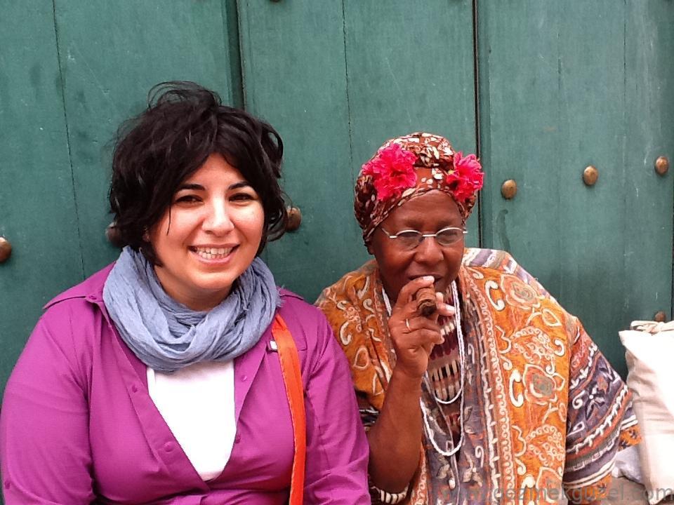 Küba Gezisi Notları, Havana Gezilecek Yerler,, Kübalılarla
