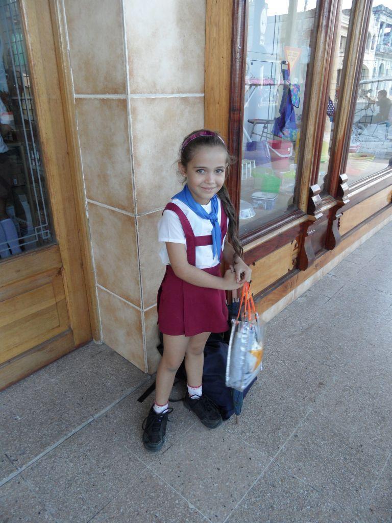 Küba Gezisi Notları, Pınar Del Rio Gezisi Notları, Kübalı Öğrenci