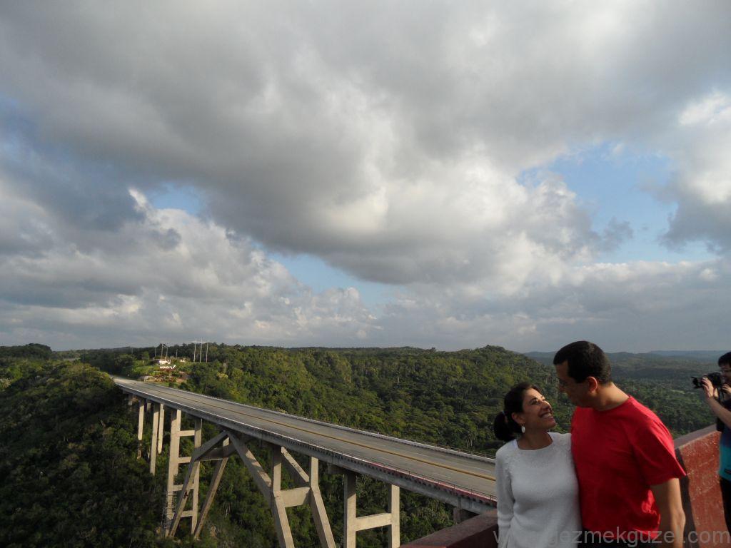Küba Gezisi Notları, Varadero Gezilecek Yerler, Bacunayagua Köprüsü