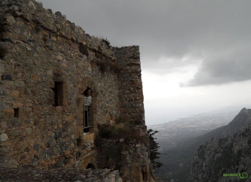 Kıbrıs Gezisi, St. Hilarion Kalesinde, Girne Gezilecek Yerler