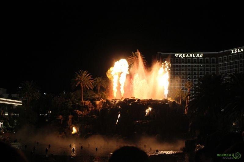 Las Vegas Gösterileri - Sirens of TI