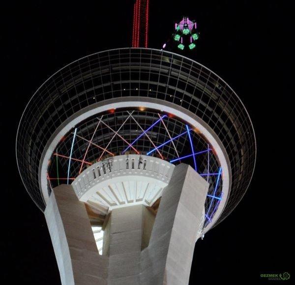 Las Vegas Gezilecek Yerler Stratosphere Otel Eğlencesi