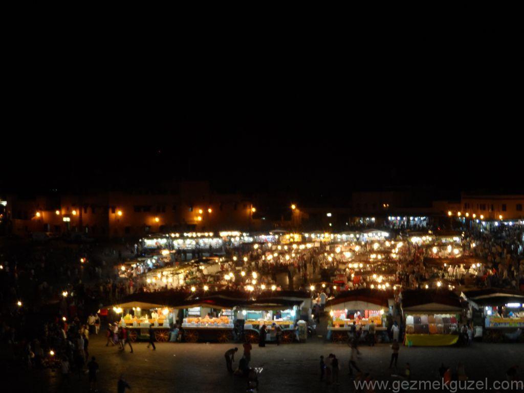Marakeş Gece Hayatı, Jemaa El Fna tezgahları