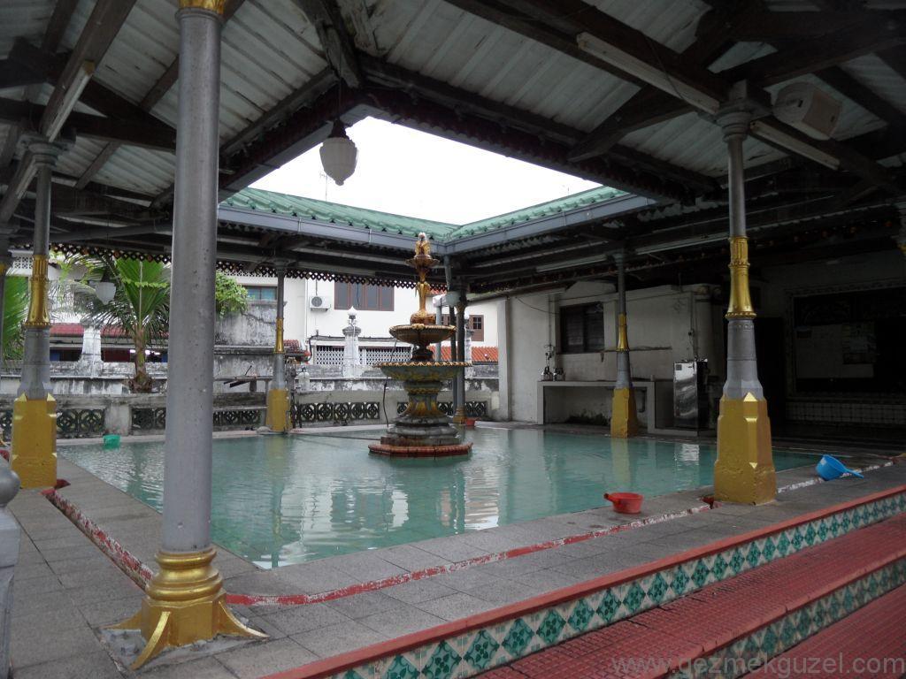 Melaka Kampung Kling camii içerisi, Malezya Gezilecek Yerler