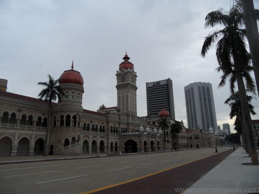 Merdeka (Bağımsızlık) meydanı, Kualal Lumpur Gezilecek Yerler