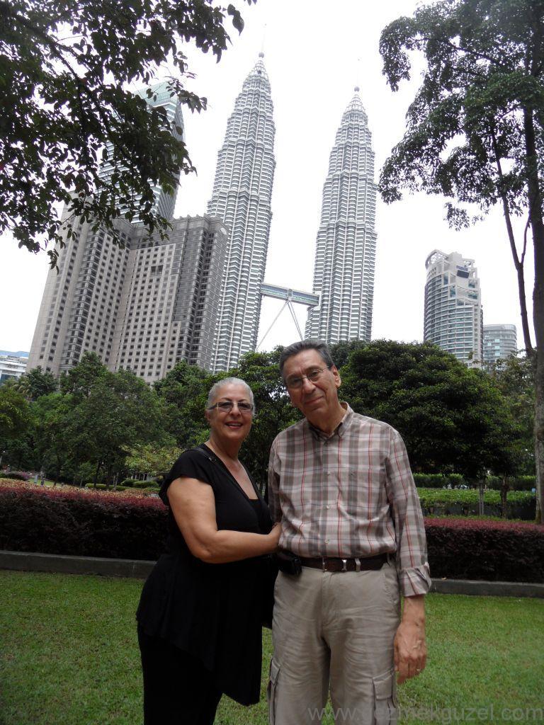 Petronas Kuleleri, Kuala Lumbur Görülecek Yerler