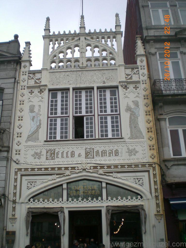 Porto Das Carmelitas'da Lilla Kitapçısı, Porto Şehir Turu, Porto - Lizbon Gezisi Notları