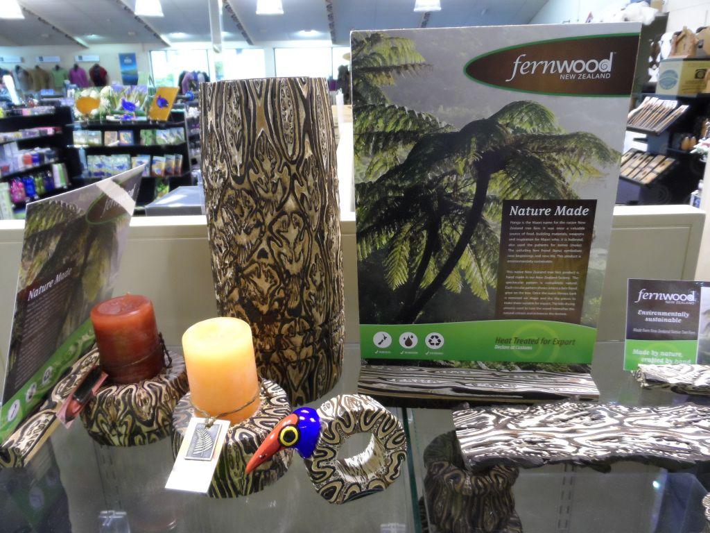 Fern (Eğrelti otu) bitkisinden boyasız süs eşyaları