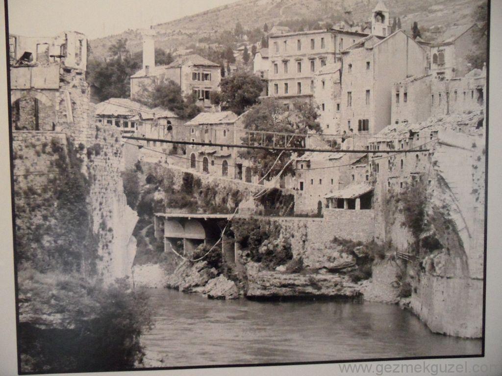 Savaş Fotosu Mostar Köprüsü, Mostar Gezisi, Eski Yugoslavya Yollarında
