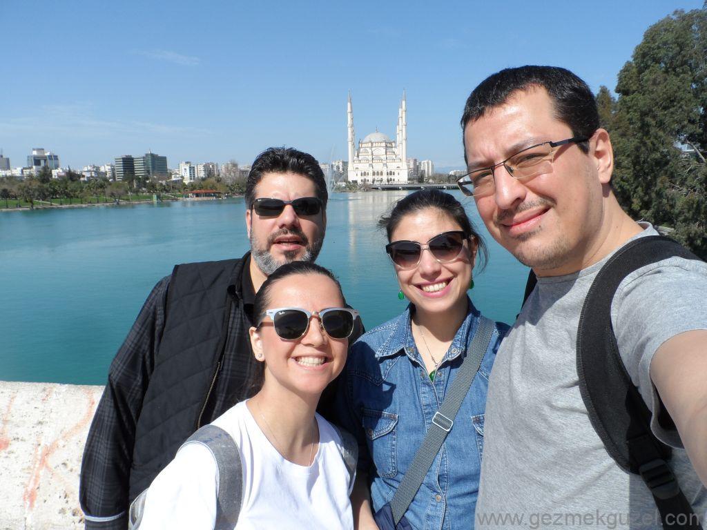 Taş Köprü Üzerinde, Adana Gezilecek Yerler, Adana Gezisi Notları