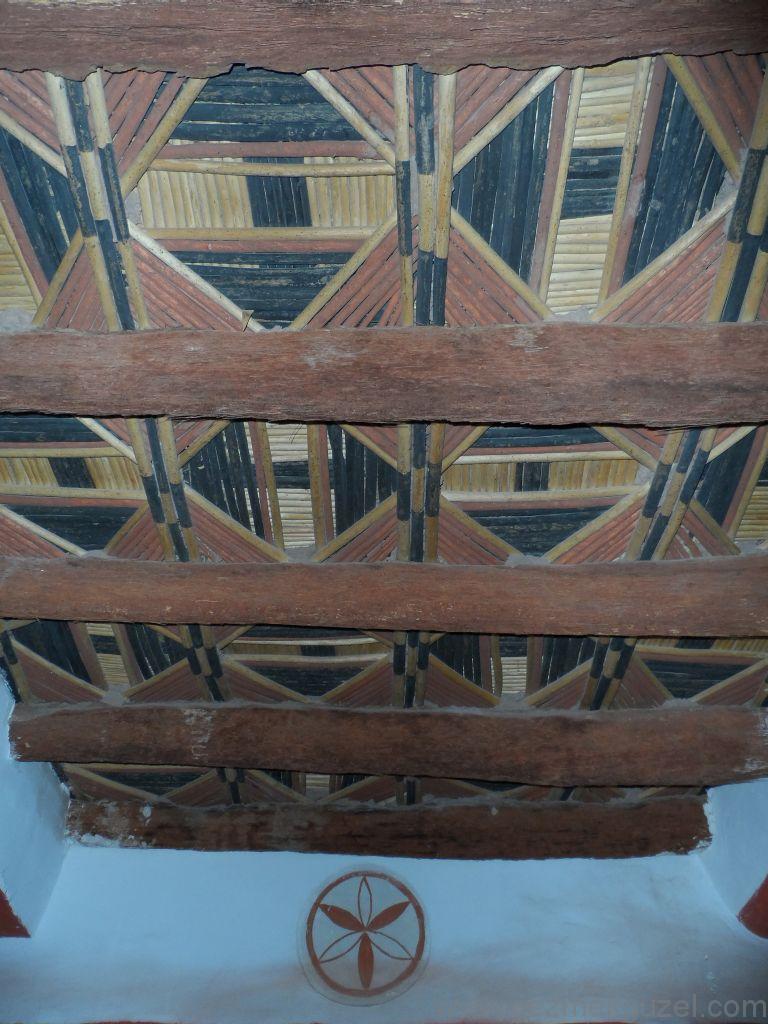 Taourit Kasbah tavan boyaları, Ourzazeta Gezilecek Yerler, Fas Gezisi Notları