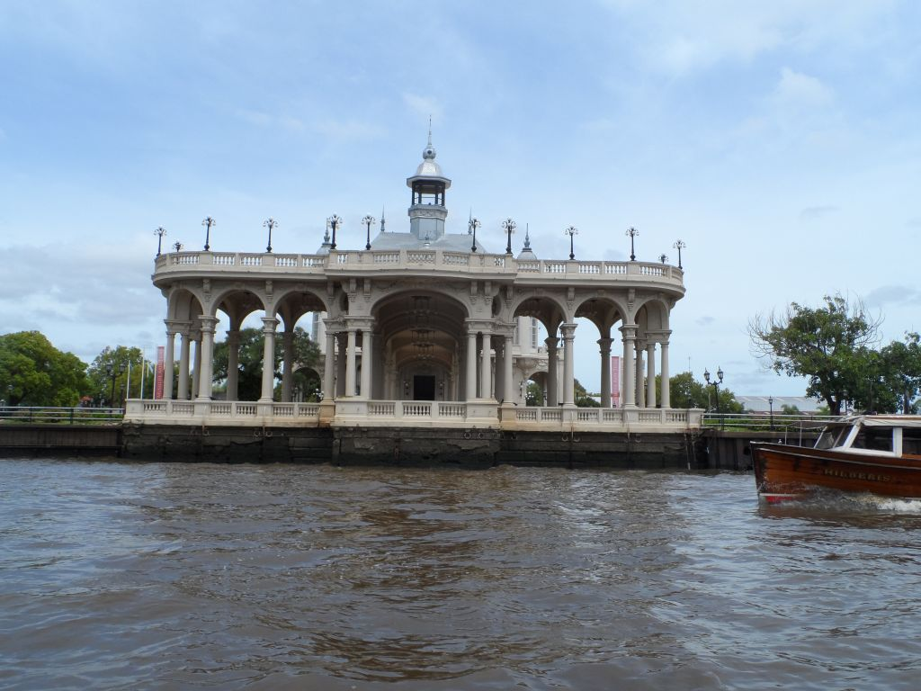 Tigre Kanal Turundan