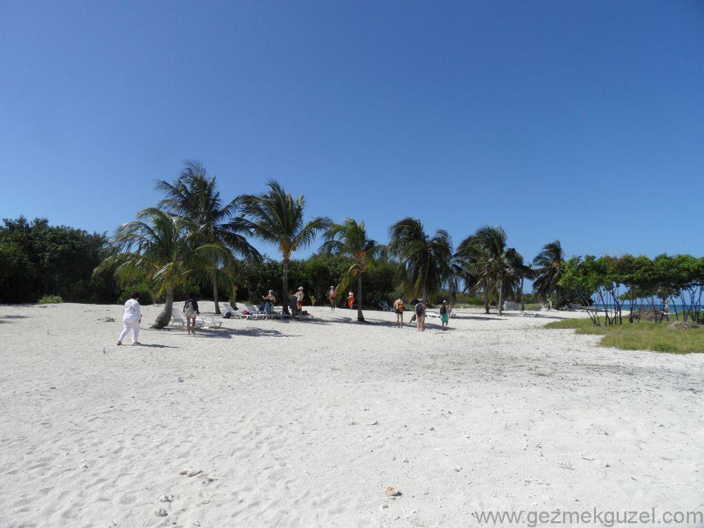 Trinidad Yapılacak Şeyler, Iguana Adası deniz keyfi