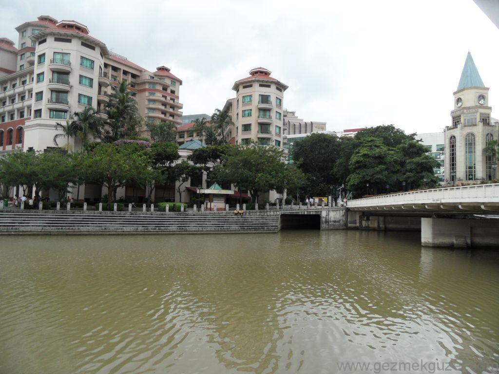 Yeniden Uzakdoğu, Singapur Gezilecek Yerler, Singapur Nehri