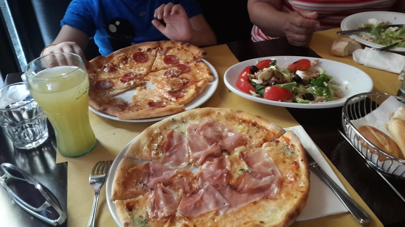 İtalya'da pizza keyfi