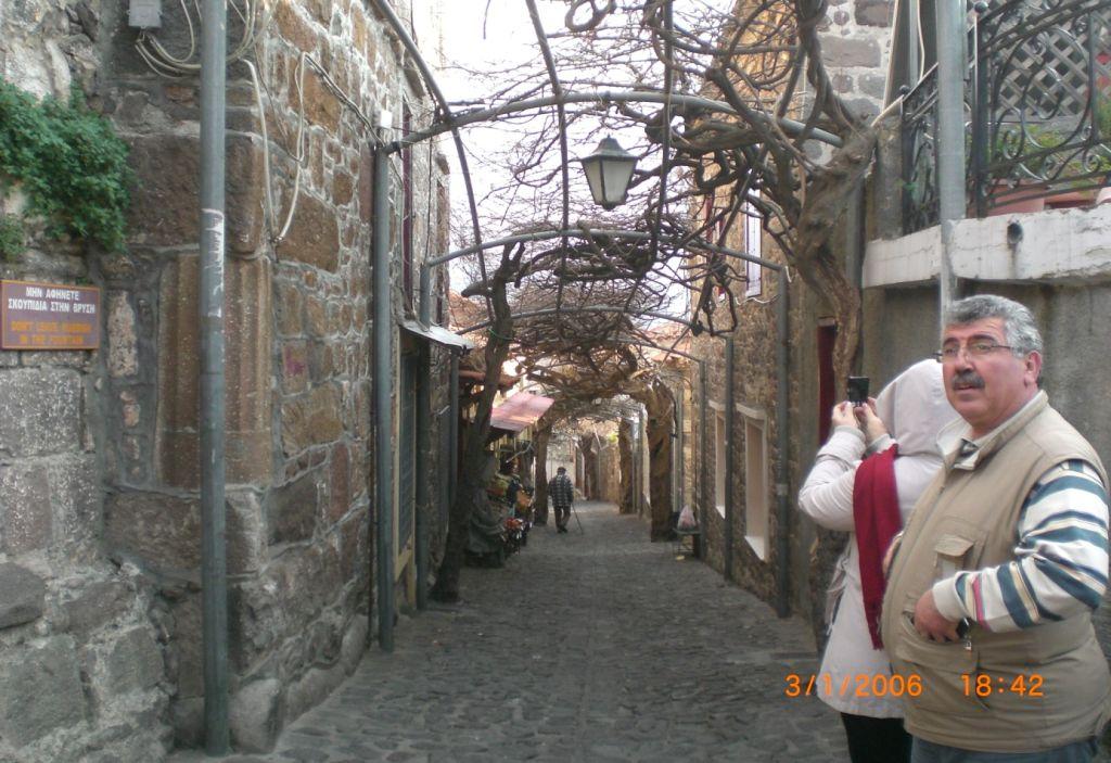 Molivos sokakları Midilli